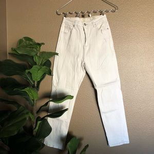 Cotton On | White High 90s Jeans